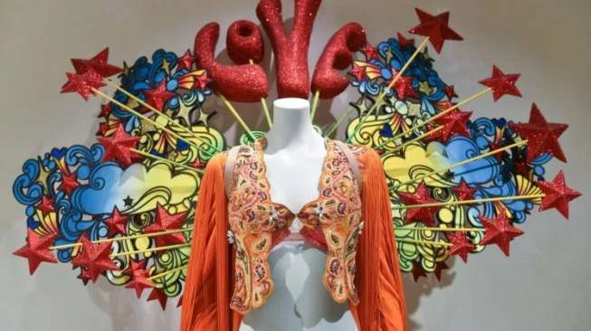 Sejarah Lingerie di Victoria Secret Museum New York