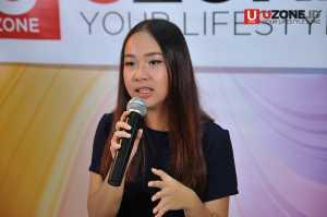 Gloria Jessica saat ini di bawah label Universal Indonesia mengunjungi kantor UZONE untuk promo single terbarunya / © Ari Setiyawan