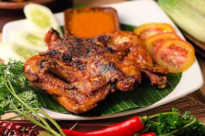 Berwisata di Lombok Tak Lengkap Tanpa Mencicipi 5 Kuliner Khas Ini dan Menginap di Airy Rooms