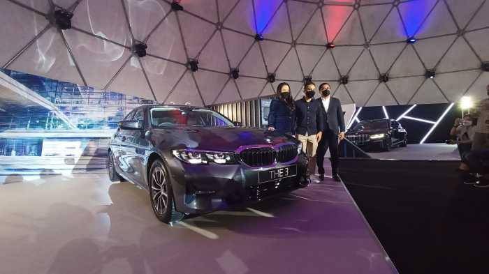 FOTO: Harga BMW 320i Dynamic Gak Sampai Rp800 Juta