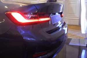 Lampu belakang juga sudah menyematkan laser light