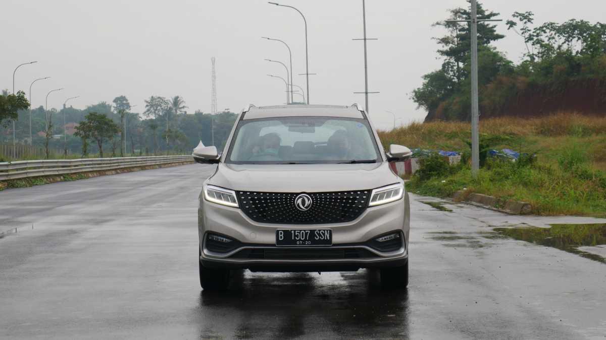 Mobil Canggih DFSK Glory i-Auto Dijual Rp329.699.000