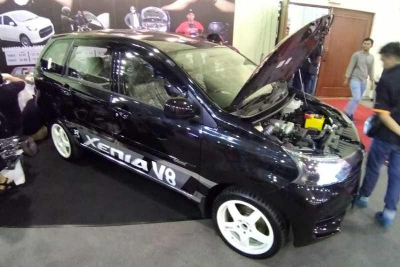 MPV Cupu Daihatsu Xenia Pakai Mesin V8 4.000cc Bertenaga 260 Hp!