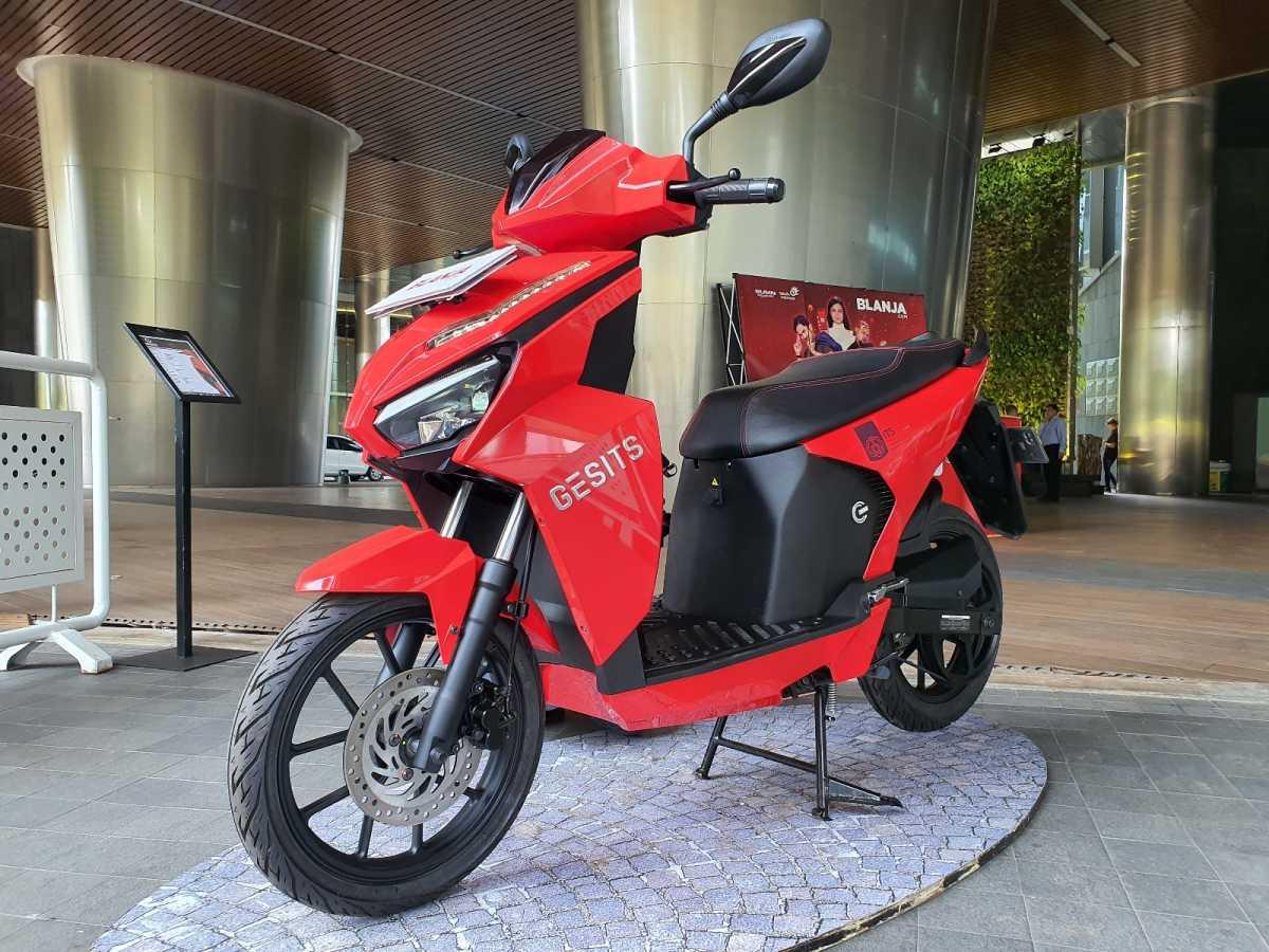 Ada Tanda Tangan Jokowi, Motor Gesits Ini Terjual Rp2,5 Miliar