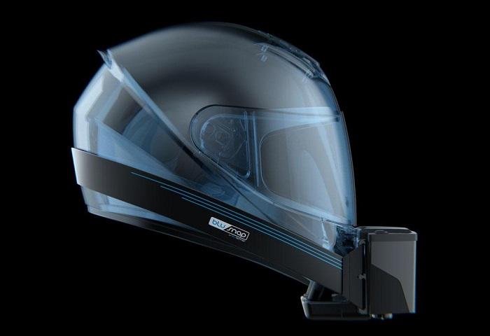 Helm Berpendingin Bikin Kepala Nyaman