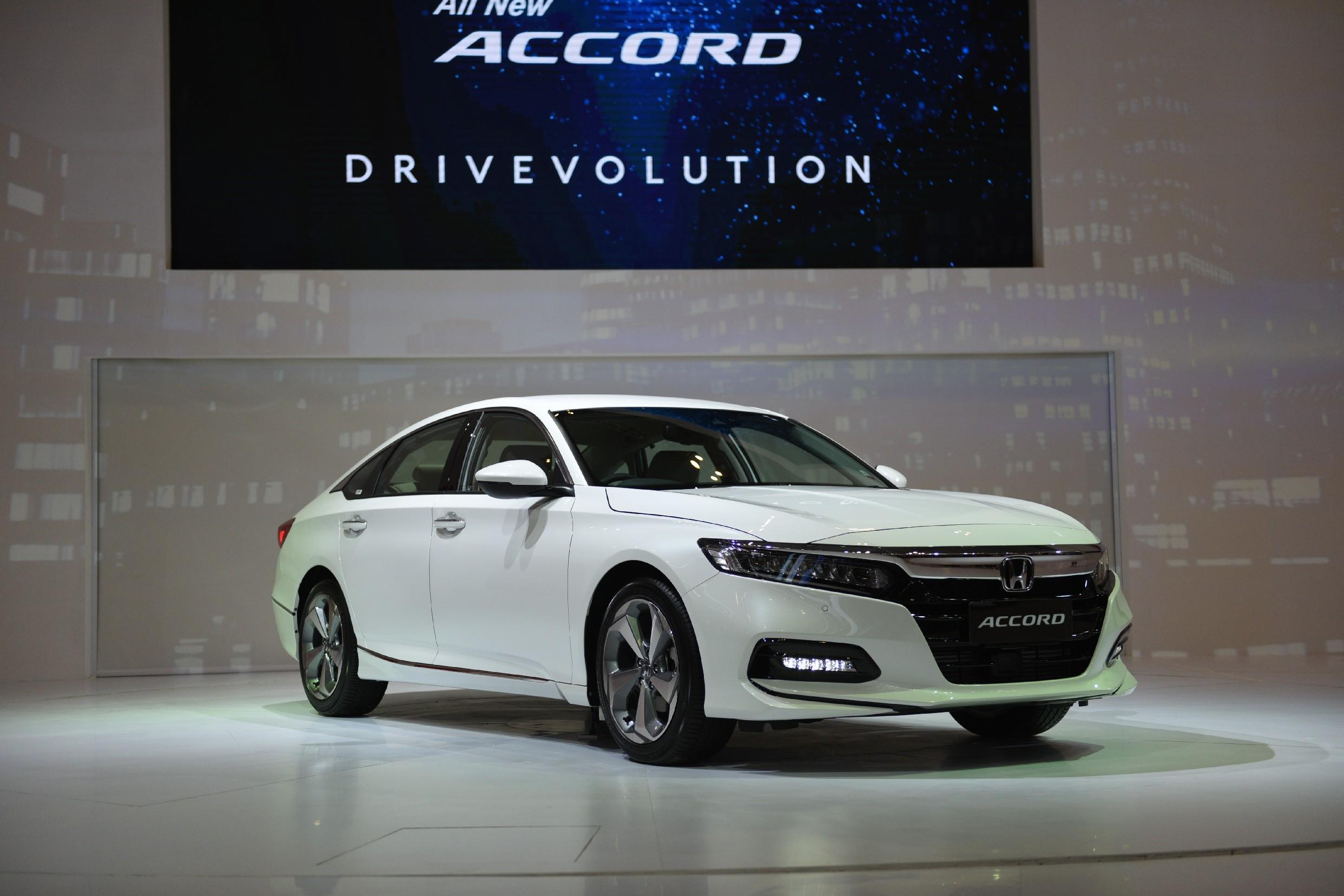 GIIAS 2019: Honda Accord yang Kini Makin Sporty dan Berturbo