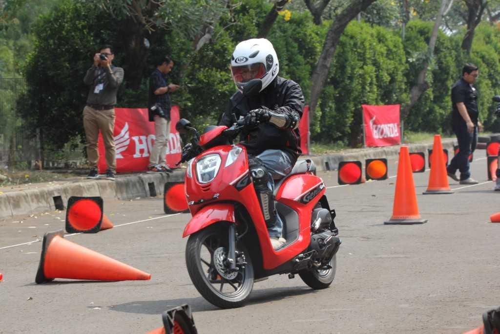 Menelanjangi Honda Genio, Apa Bedanya dengan Scoopy?