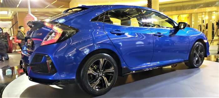 Ini Wujud Honda Civic Hatchback Generasi 11, Kok Mirip Kia Stinger?