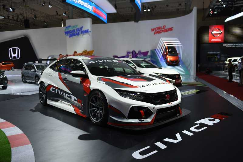 GIIAS 2018: Melihat Gaharnya Honda Civic TCR World Touring Cup