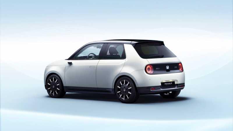 Review Honda e Prototype, Ini Nih Mobil yang Dasbornya Layar Sentuh Semua!