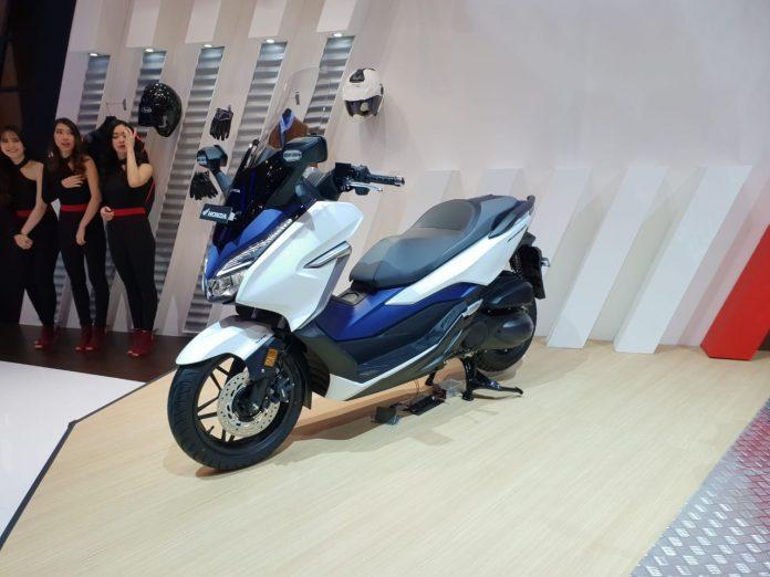IMOS 2018: Inden Sampai Tahun Depan, Honda Forza Dibanderol Rp 76 Juta!