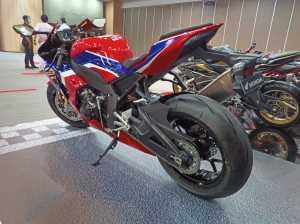 Tipe STD dijual Rp990.000.000