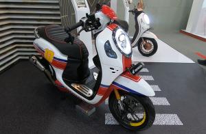 All New Honda Scoopy dengan konsep cafe racer.