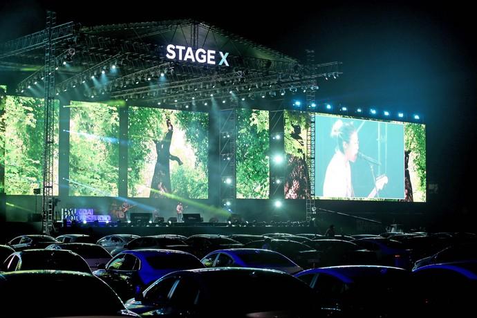 New Normal, Nonton Konser K-Pop di Kabin Mobil