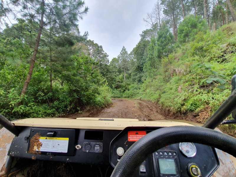 VIDEO: Test Drive Mobil PUBG Buatan Indonesia di Hutan Cikole (Eps. 2)