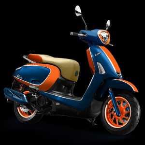 Perpaduan oranye, biru dan cokelat