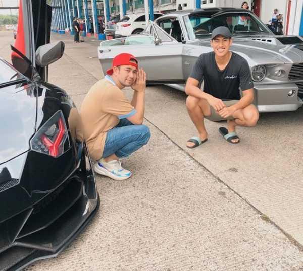 Lamborghini Diduga Milik Raffi Ahmad Terbakar di Jalan Raya