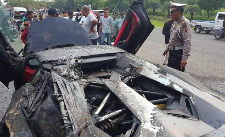 Spesifikasi dan Harga Lamborghini Aventador Raffi Ahmad yang Terbakar