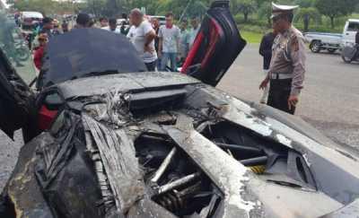 Kronologi dan Kemungkinan Penyebab Lamborghini Raffi Ahmad Terbakar