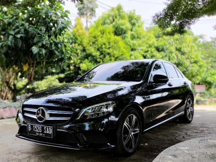 VIDEO: Test Drive Mercedes-Benz C180 Avantgarde 2020