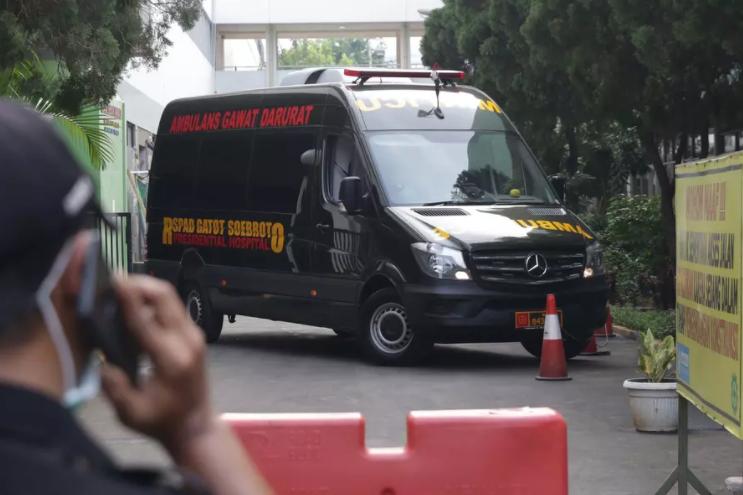 Mercedes-Benz Sprinter, Ambulans Mewah yang Bawa Wiranto usai Ditusuk