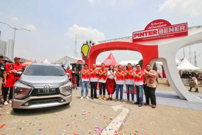 "Ngejar Mobil Terlaris, Mitsubishi Geber Kampanye ""Xpander Pinter Bener"" di Surabaya"