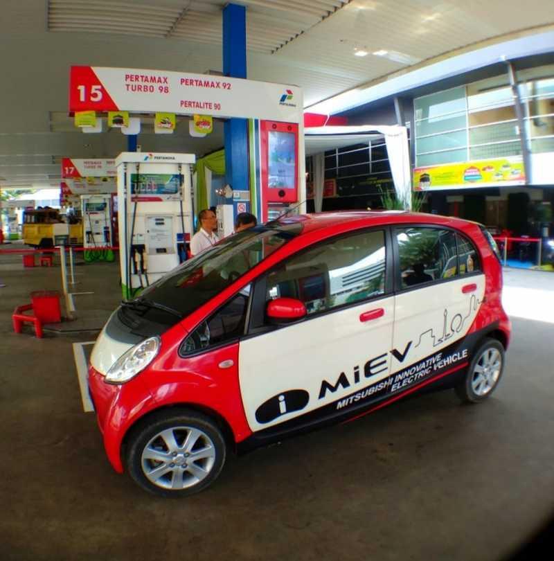 Selain Mobil Listrik, Mitsubishi juga Support Infrastruktur Quick Charger