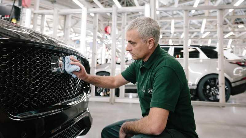 Dipecat MU, Saatnya Jose Mourinho Menikmati Koleksi Mobil Mewahnya