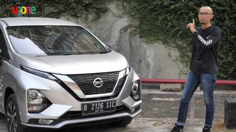 VIDEO Test Drive Review Nissan Livina, Lemot Tapi Irit?