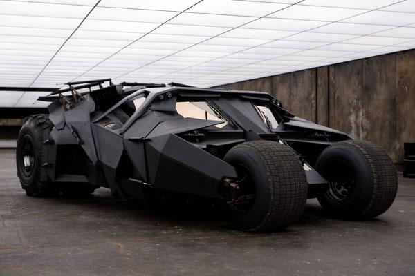 Batmobile Milik Batman Dijual, Siapa Mau Beli?