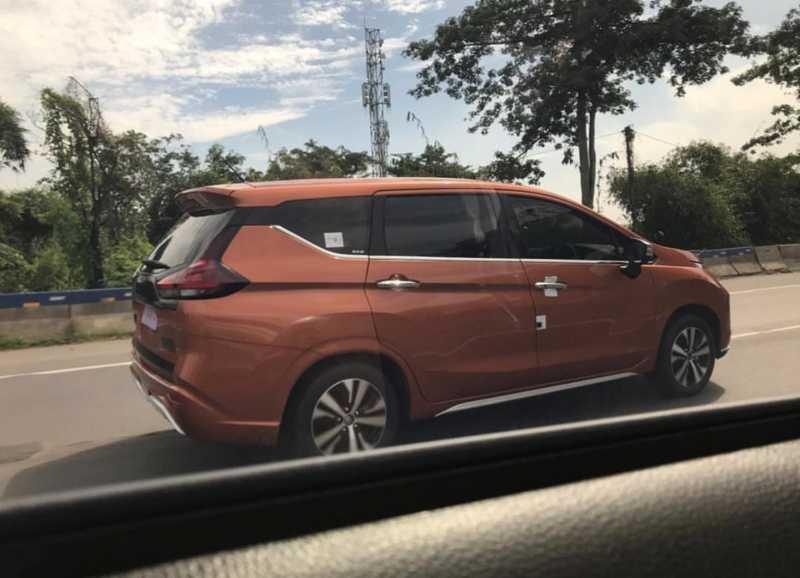 Waspada Mitsubishi! Xpander Bisa Kalah Laris dari Livina