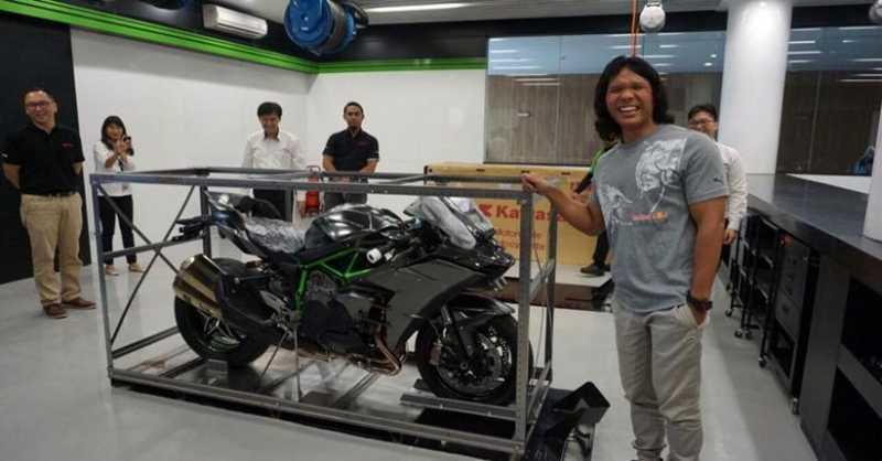 Kawasaki Ungkap Pemilik New Ninja H2 Carbon di Indonesia