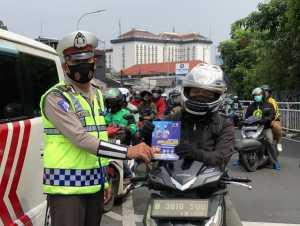 Polri sosialisasi pelaksanaan Operasi Zebra di Jl. Dr Saharjo, Jakarta Selatan. (Foto: TMC Polda Metro Jaya)