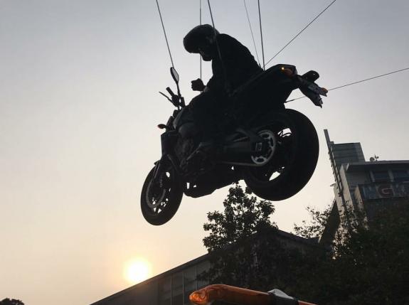 Mengungkap Sosok Stunt Man Jokowi Naik Moge di Video Opening Asian Games 2018