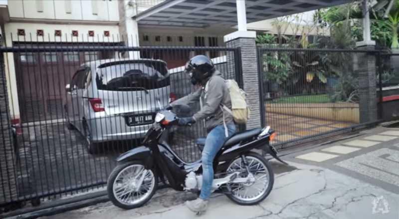 Ketika Ariel NOAH Merestorasi Motor Bebek Suzuki Shogun Lawas