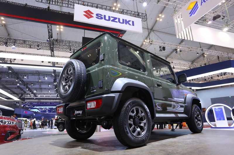 Gokil, Suzuki Jimny di Thailand Mahal Amaaat