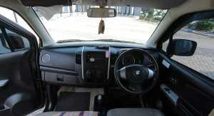 Meski begitu, Suzuki Karimun Wagon R menawarkan ruang kabin terluas dikelasnya (Bagja - Uzone.id)