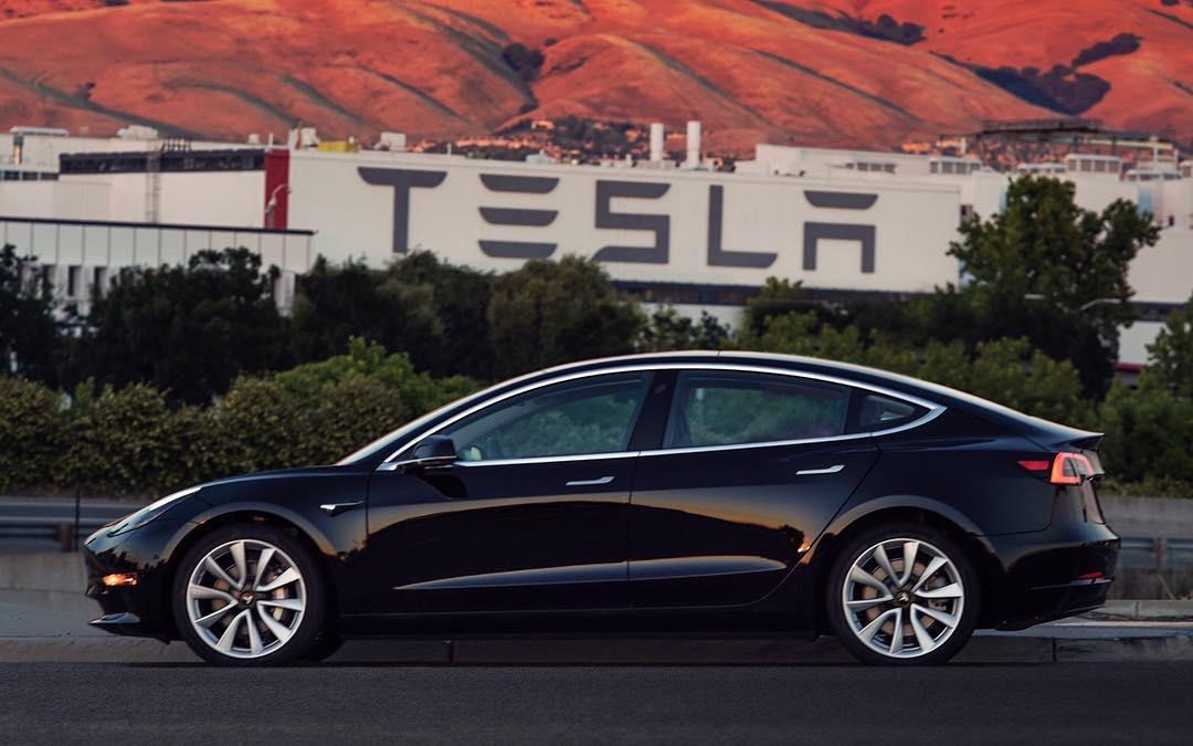 Penjualan Tesla Model 3 di Korea Selatan Berada Posisi Kedua