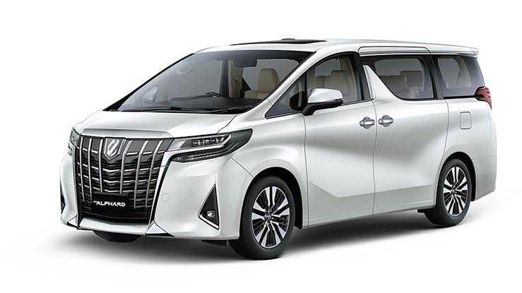 Mudik Ala Sultan dengan Sewa Toyota Alphard? Bisa!