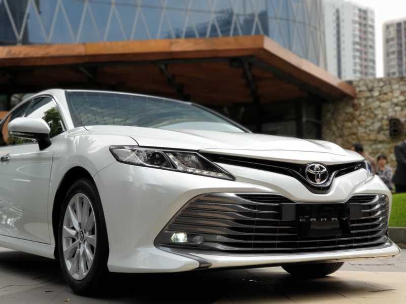 Launch Review: Toyota All New Camry, Sedan <i>Bosqu</i> Seharga Rp 800 Jutaan!