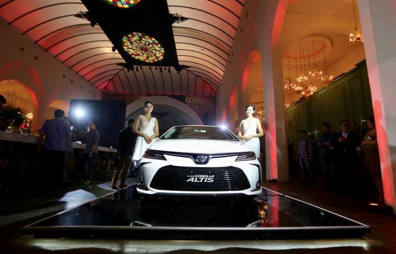 Toyota Corolla Altis Generasi ke-12 Meluncur