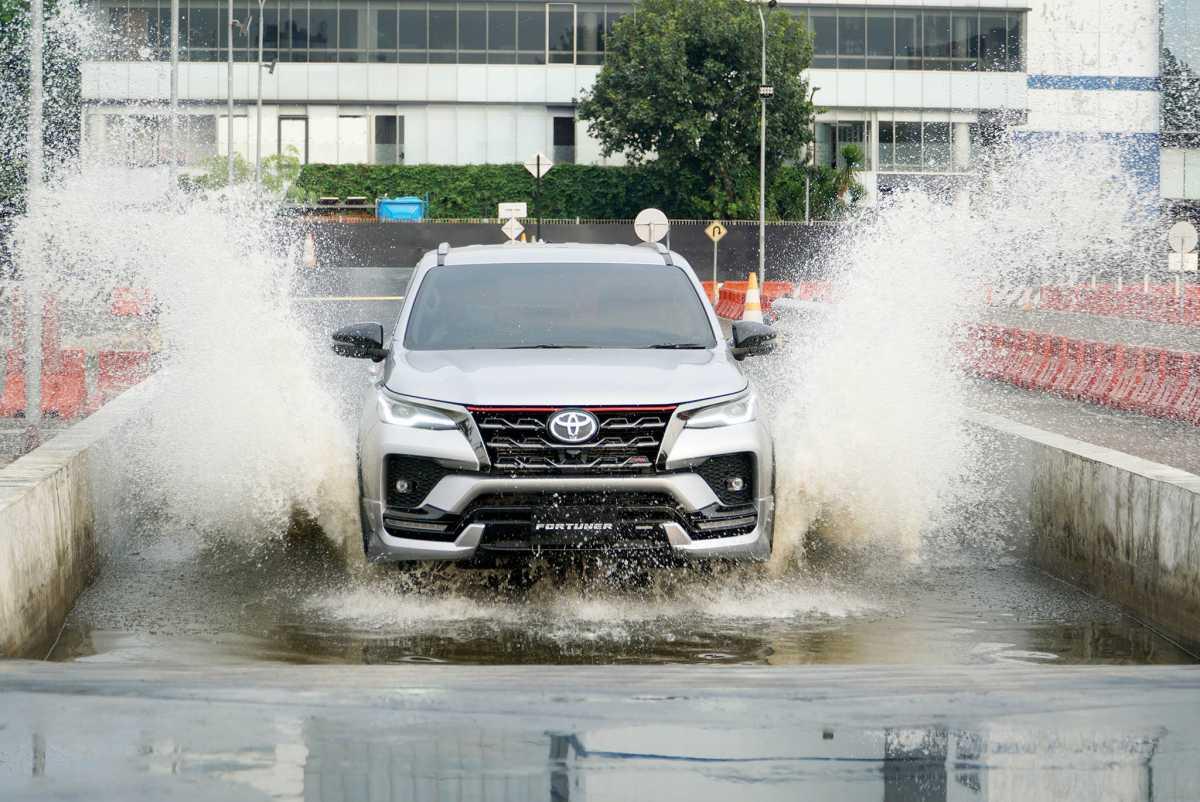 Fitur Toyota Fortuner Facelift yang Ada di Tipe TRD, VRZ, SRZ dan G