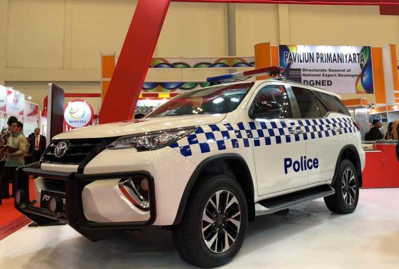 Ketika Fortuner jadi Mobil Polisi di Arab