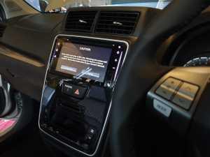 Ubahan paling mencolok di kabin ada di bagian tengah dasbor, dimana audio dan panel AC digital (Uzone.id - Bagja)