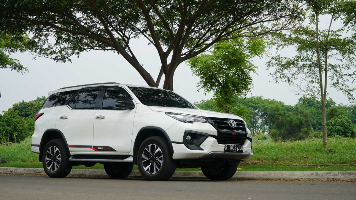 Test Drive Review Toyota Fortuner TRD: Entah Kenapa, Naik SUV Selalu Fun!