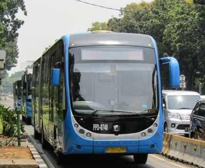 Selain Zhong Tong 3 Merek Bus TransJakarta Ini Ditarik Garagara Terbakar