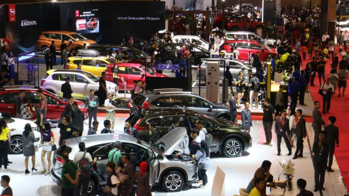 Penjualan Mobil April 2020 Anjlok 70 Persen