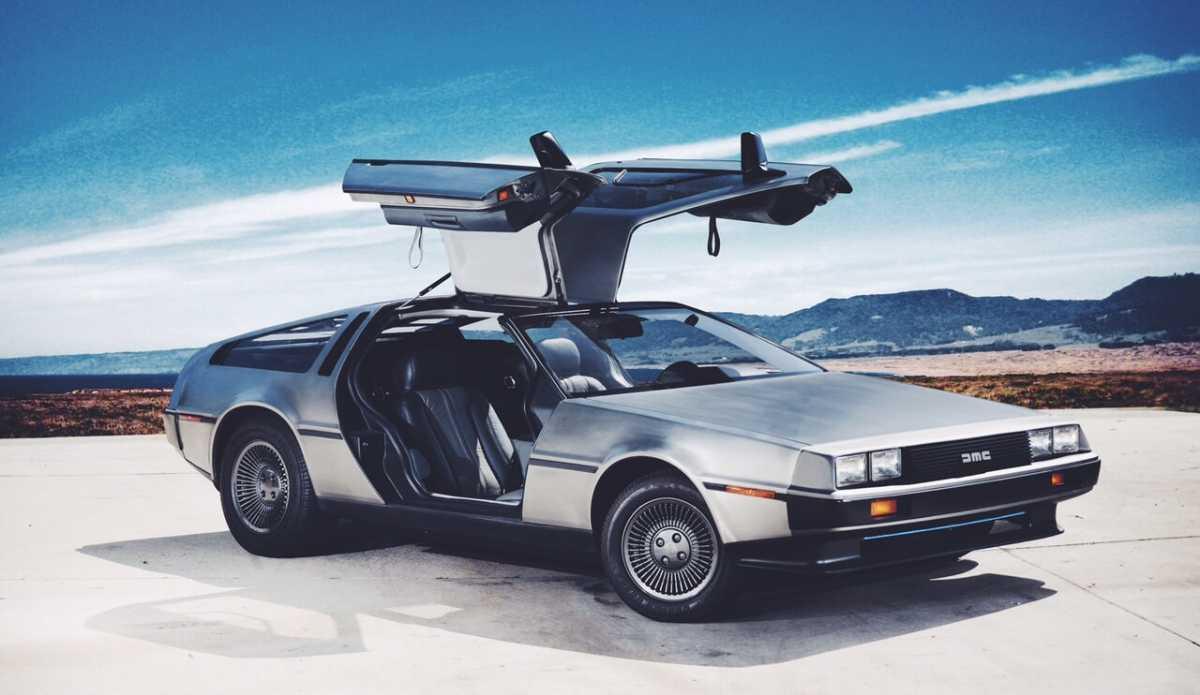 Kontroversi Kokain Dibalik Mobil DeLorean yang Ikonik
