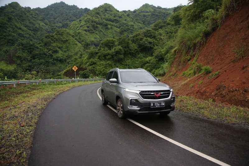 Tonton Video Test Drive Wuling Almaz, Libas Sukabumi, Ciletuh, Bandung