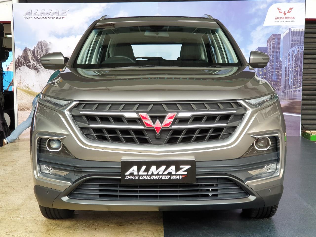 Wuling Almaz Rajai Segmen Medium SUV, Kalahkan Honda CR-V